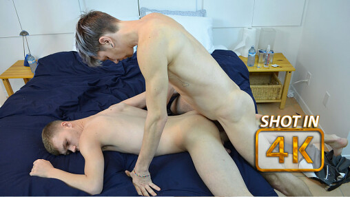 A Boy in Montreal: Roommates Gets Their Freak On
